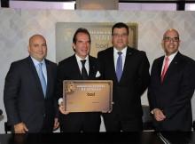 Presidente del BOD Víctor Vargas Irauquín, junto a Andrés Pérez Capriles, Alberto Cortés y Facundo Mendez