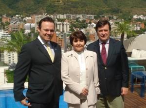 De izquierda a derecha: Gustavo Jarussi, Gerente General del Hotel Pestana Caracas, Zoila Carpio, Directora Regional de Ventas y Miguel Emauz, Director Ejecutivo de Grupo Pestana en Venezuela.
