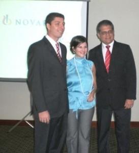 Bernardo Girala, Marilina Marcanoy Rafael Martínez de Novartis