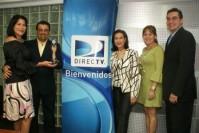 Ivonne Cardozo, Juan Carlos Amaro, Nancy Branger entregando el premio, Belkys Mata y Rodolfo Carrano