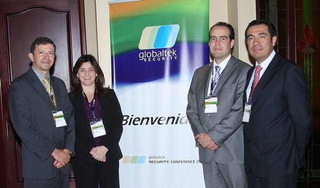 En la foto, de izquierda a derecha: Jaime Yory, Gerente de GLOBALTEK SECURITY; Liliana Perdomo, Inside Sales Caribbean & Spanish South America de WEBSENSE; Jaime Garcés, Channel Account Manager Caribbean & Spanish South America de WEBSENSE y Josue Ariza, Territory Manager Caribbean & Spanish South America de WEBSENSE.