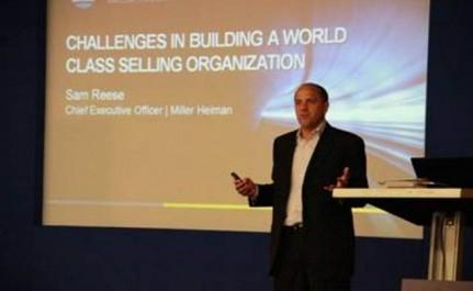 """Sam Reese, CEO de Miller Heiman, en una instantánea de su intervención en el congreso """"Sales Management Strategies For Returning to the Fast Lane"""", celebrado la semana pasada en Barcelona"""