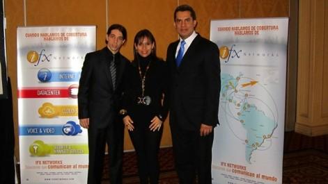 En la foto de izquierda a derecha aparecen:Ezequiel Carson, gerente Regional de Tecnología (CTO); Marcela Rovira, gerente Regional de Producto  (CPO),  y Fernando Clavijo Gerente General de Chile.