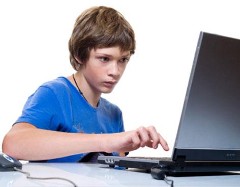 adolescente en internet