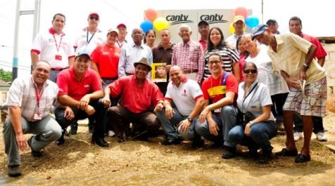 Güiria de La Playa celebra llegada de Internet y telefonía