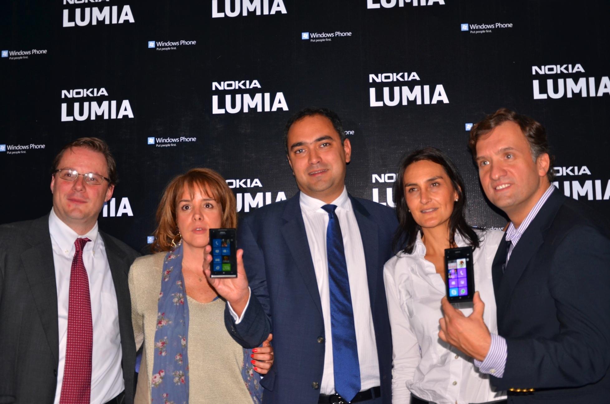 Lanzamiento Nokia Lumia 900 y 610
