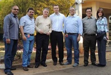 Ingenieros Colombianos invitados por Itron para conocer el sistema  -AURUM- De izquierda a derecha Jairo Vergara, Julián Aguado, Javier Zarama,  Thiago Deus, Juan Aristizábal, Carlos Guevara y Adriana Marulanda