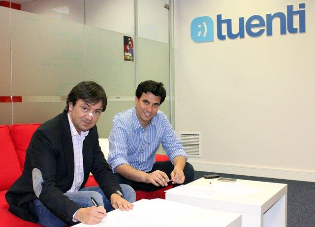 Jorge Flores, Fundador y Director de PantallasAmigas y Sebastián Muriel, Vicepresidente de Desarrollo Corporativo en Tuenti.