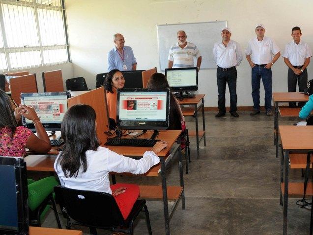 Inauguración sala de telemática IUJO Guanarito