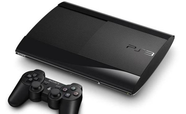 Nueva Playstation®3 más pequeña y liviana