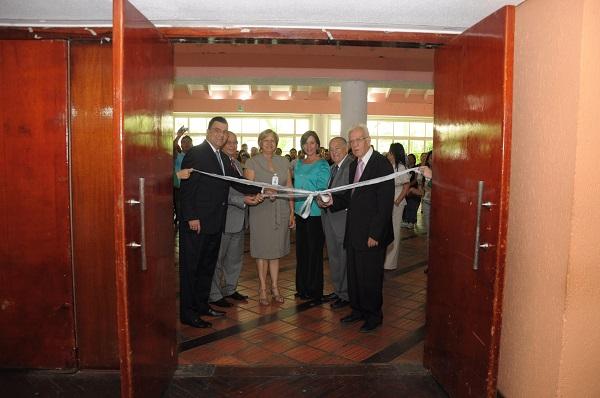 Autoridades del BOD durante el acto de inauguración de Expoproyectos Microempresariales Anzoátegui 2013