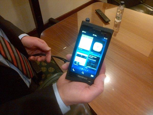 Carlo Chiarello -Vicepresidente Ejecutivo de Negocios de Smartphones Global Research In Motion