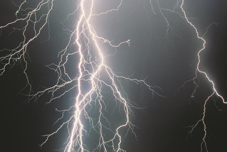Tripp Lite - Lluvias y tormentas