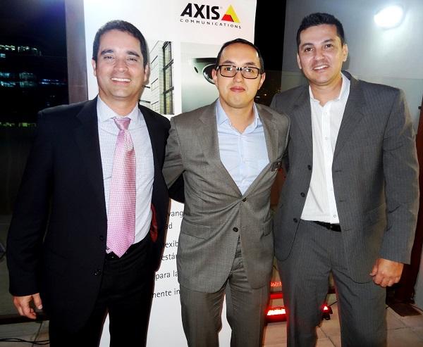 Axis - abre oficinas en Bogota
