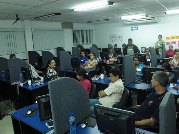 Centroamérica 105 jóvenes recibirán entrenamiento en uso de las TICs