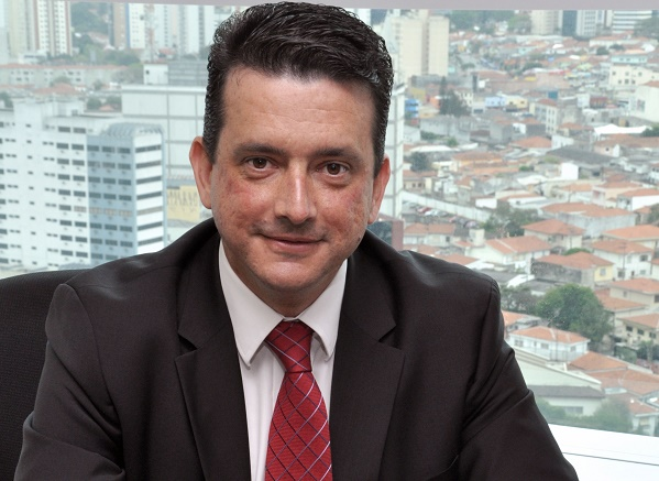 Director Canales McAfee LATAM