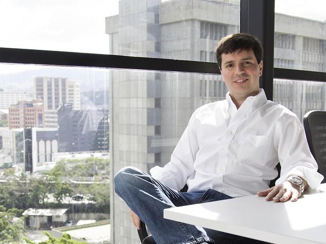 Alejandro Vera director Linio 1.