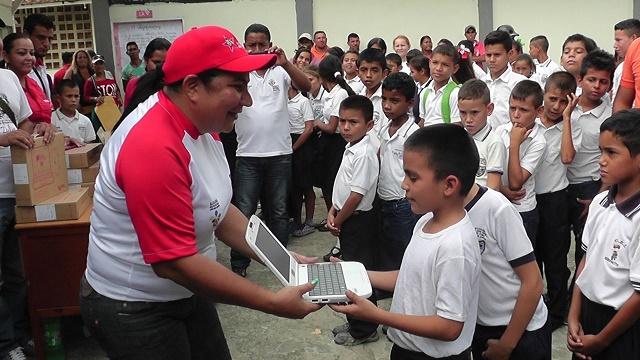 computadoras y tabletas canaima en el Zulia