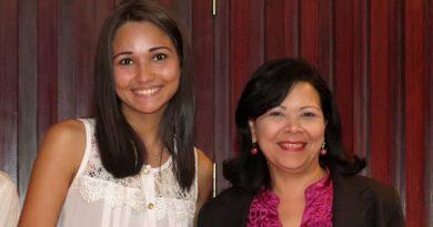 Mabelys Ramos y Marisol Pernía de Seguros Venezuela
