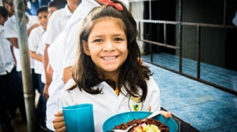 Comedor escolar en El Salvador FAO